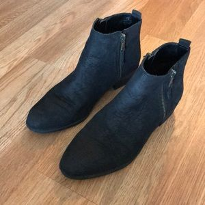 Ralph Lauren black leather ankle booties size 7.5